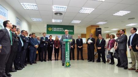 Julián Nieva durante la inauguración de Caja Rural CLM en Manzanares