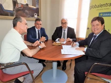 Firma del convenio para el servicio de globlalentradas.com