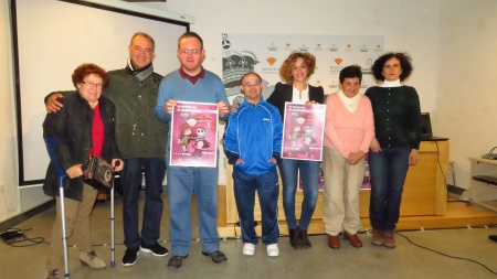 Miembros del Consejo de la Discapacidad junto a Beatriz Labián