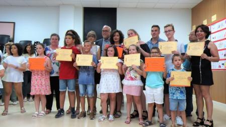 Ganadores junto a autoridades y organizadores