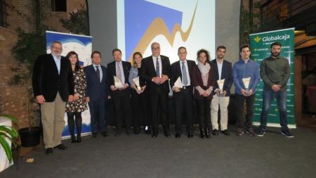 Autoridades y galardonados en las VIII Jornadas Empresariales