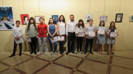 Premiados en el II certamen de pintura escolar 'Jóvenes de Manzanares'