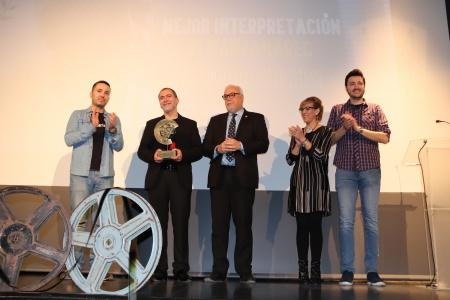 Entrega del reconocimiento a Santiago Molero