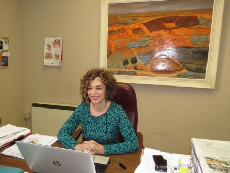 Beatriz Labián, portavoz del equipo de gobierno en el ayuntamiento de Manzanares