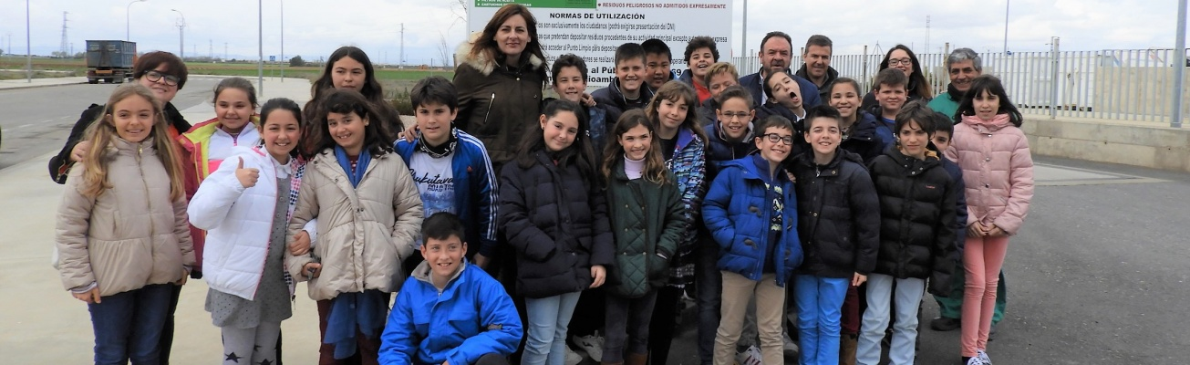 Jornadas Medio Ambientales. Visita al punto limpio de Manzanares