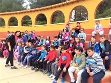Alumnos del colegio La Candelaria participando en esta actividad solidaria