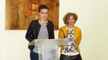 Esther Nieto y Beatriz Labián en la rueda de prensa