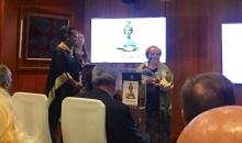 Dolores Arias recogió el galardón