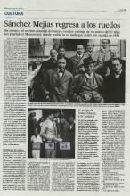 Reportaje a página completa en la edición en papel de El País