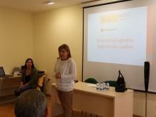Durante la charla también se explicó el proceso de atención a personas refugiadas de Cruz Roja