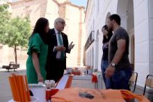 La Asociación VivELA ha instalado una mesa informativa y petitoria con motivo de la conmemoración del 21 de junio, Día Mundial Contra la ELA.