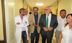 Visita a las reformas que se acometen en el hospital