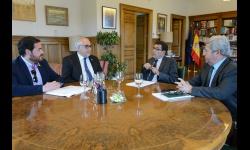 Julián Nieva y Pablo Camacho se reúnen con Carlos Cabanas en el Ministerio de Agricultura