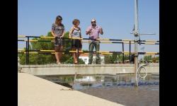 Las concejalas comprueban el estado de las nuevas instalaciones de la EDAR