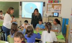 La concejala de Medio Ambiente ha visitado uno de los talleres en el colegio Altagracia