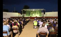 El público disfrutó del espectáculo de variedades