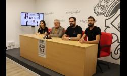 Miembros de Lazarillo junto al concejal de Cultura