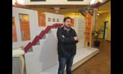 Pablo Camacho, concejal de Cooperación al Desarrollo, en la inauguración de la exposición