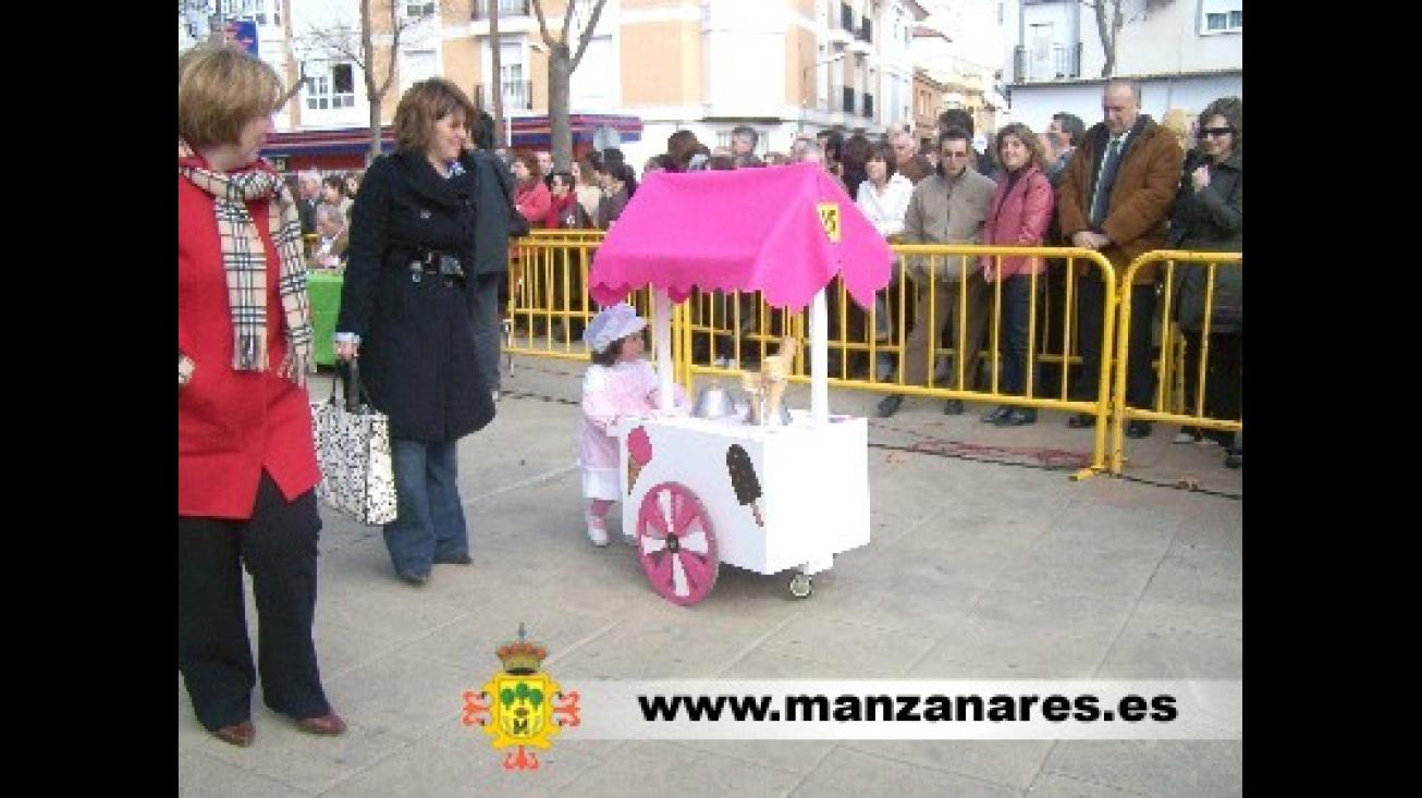Alrededor de setecientos niños y niñas participaron en el XXI Concurso de  disfraces infantiles 32554a9966777