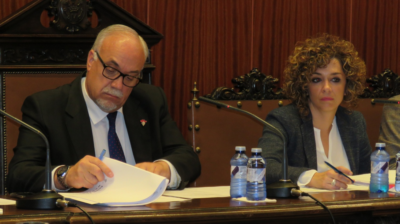 Alcalde, Julián Nieva y Portavoz Equipo Gobierno, Beatriz Labián