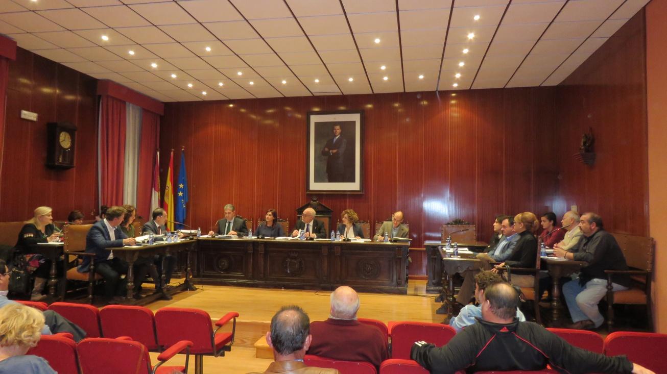 Pleno del Ayuntamiento de Manzanares correspondiente al mes de octubre