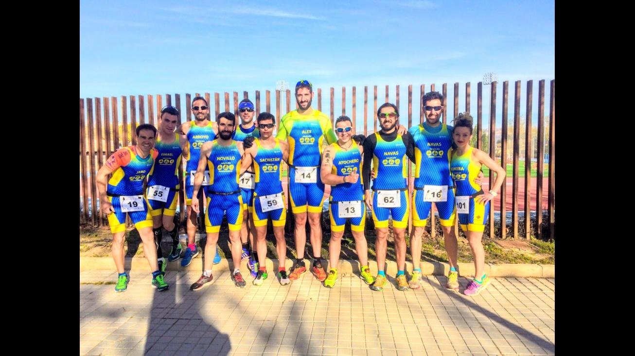 Componentes del Club de Triatlón Manzanares en Almansa