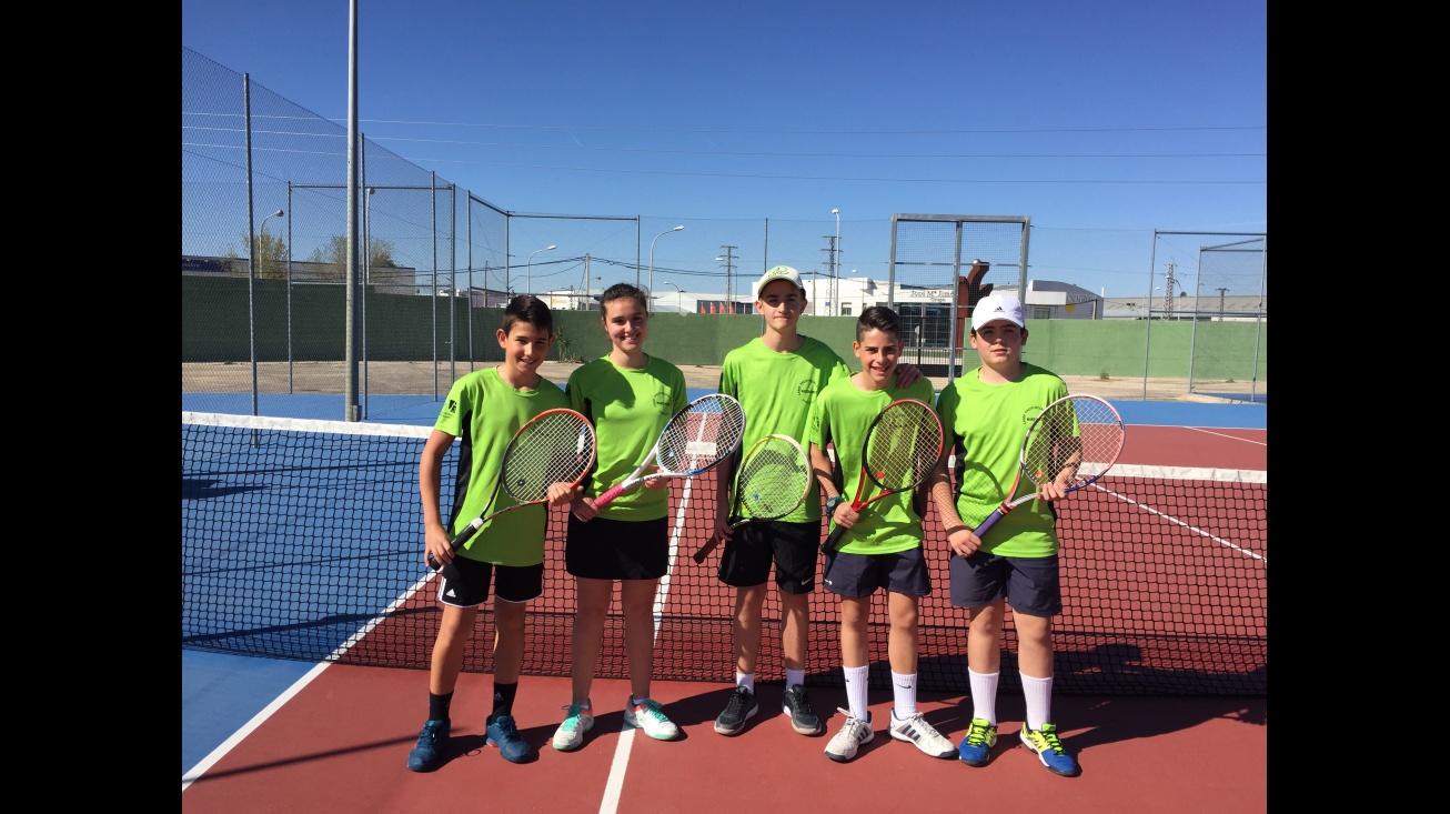 Equipo de la Escuela Municipal de Tenis de Manzanares
