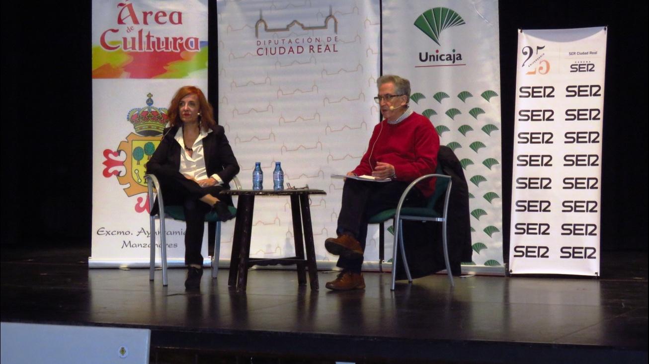 Lindo y Román Orozco, durante la conferencia