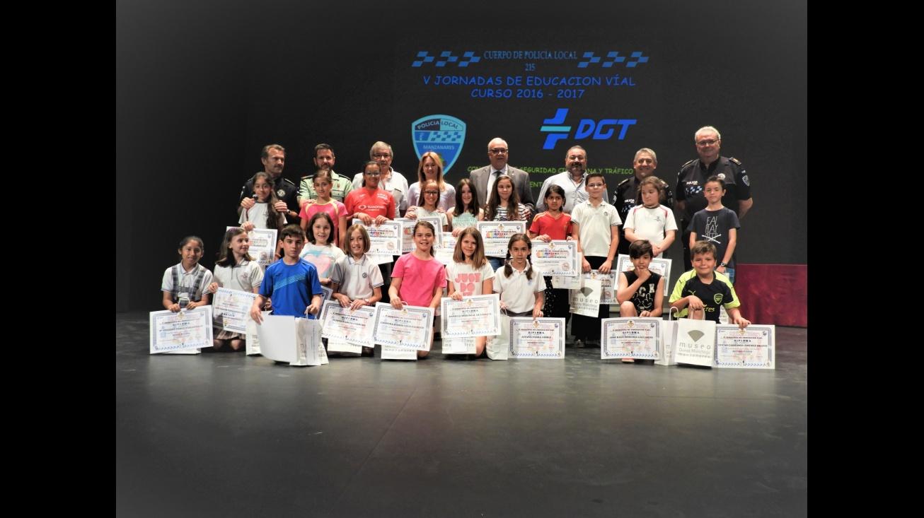 Premiados en el Concurso de Dibujo de las V Jornadas de Educación Vial de Manzanares