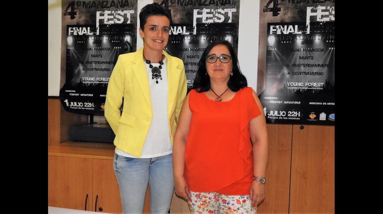 Esther Nieto-Márquez (izda.) y María José Parrado en la presentación de ManzanaFest