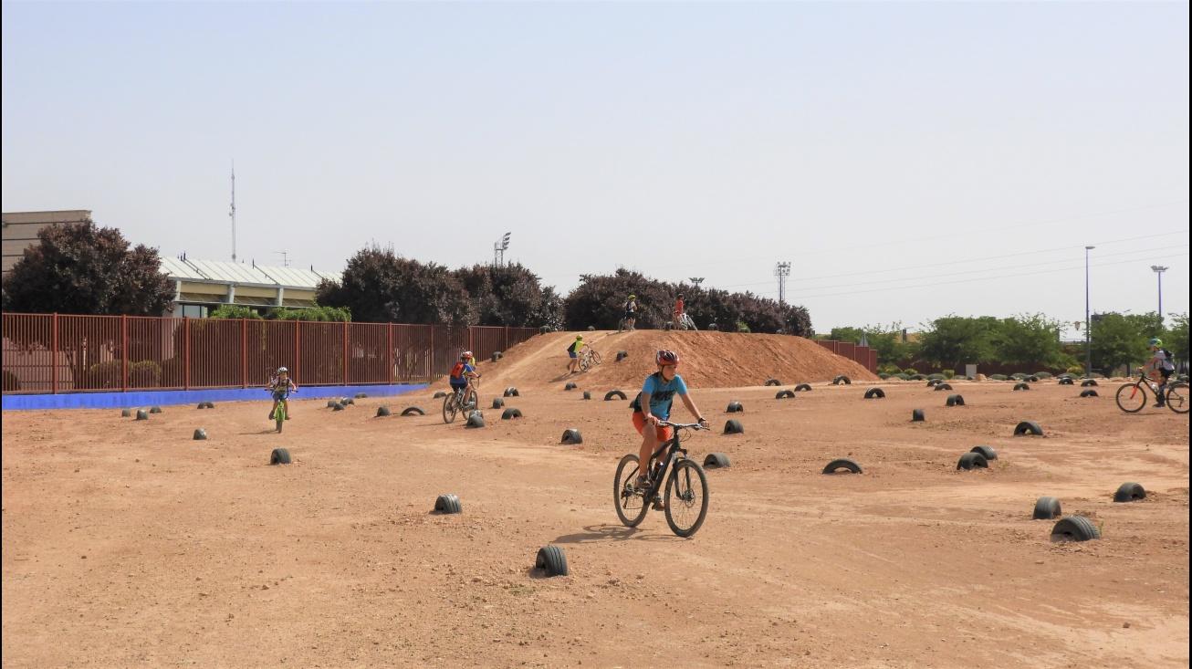 Pista de bicicross, uno de las recursos muy utilizado por la ciudadanía