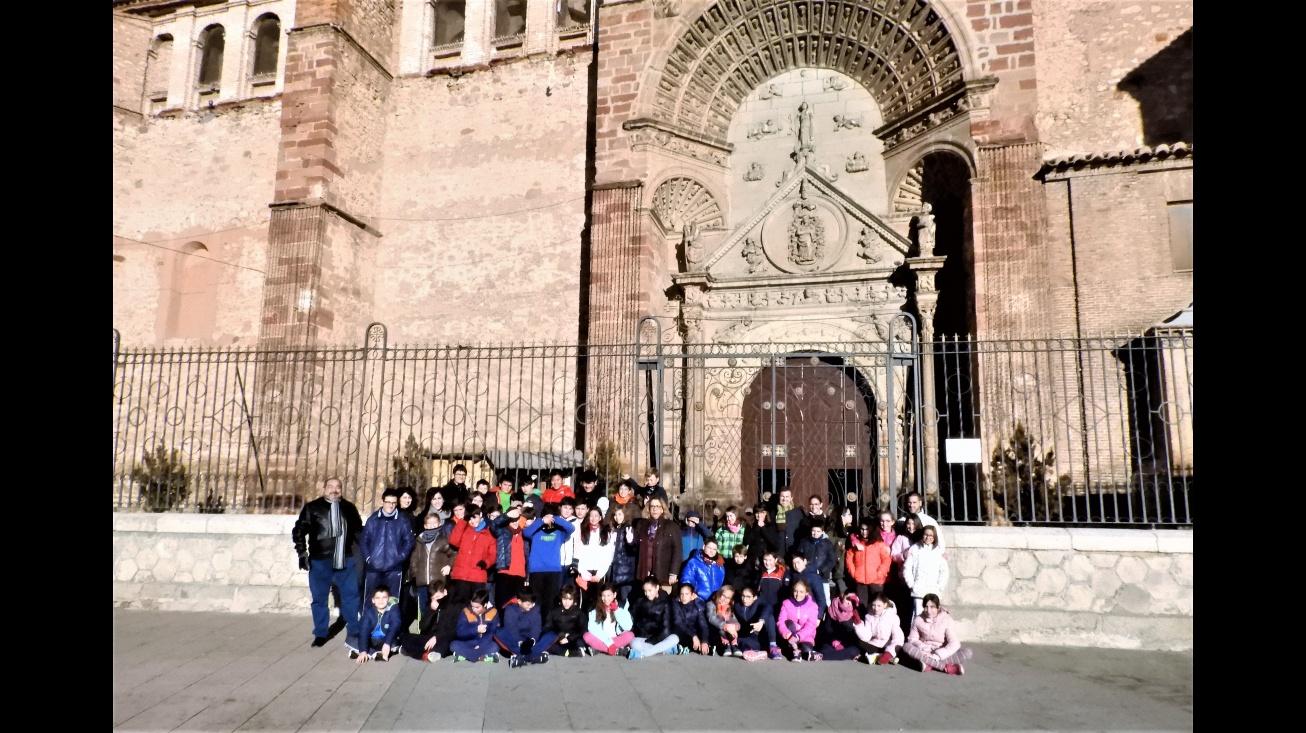 Visita de los alumnos del colegio Altagracia