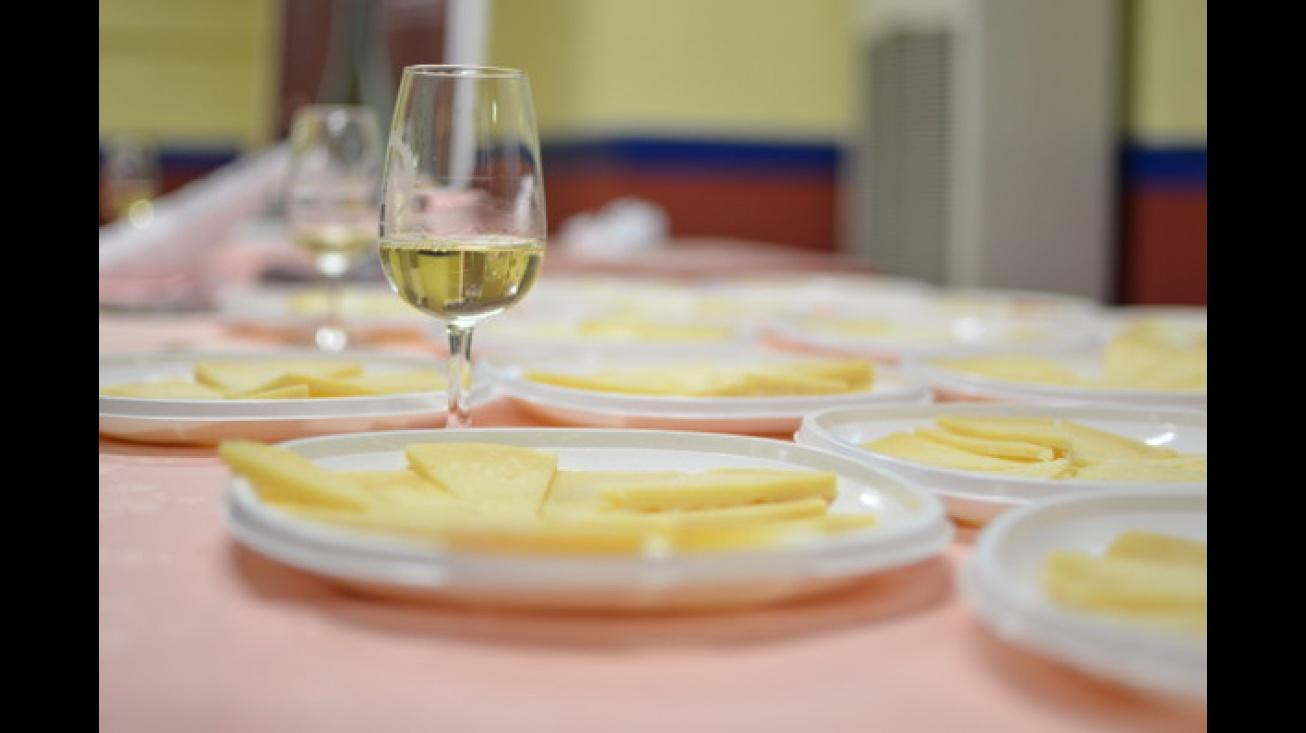 El ManzanaREC contará con cata de vino queso gachas marisco asadillo y pisto