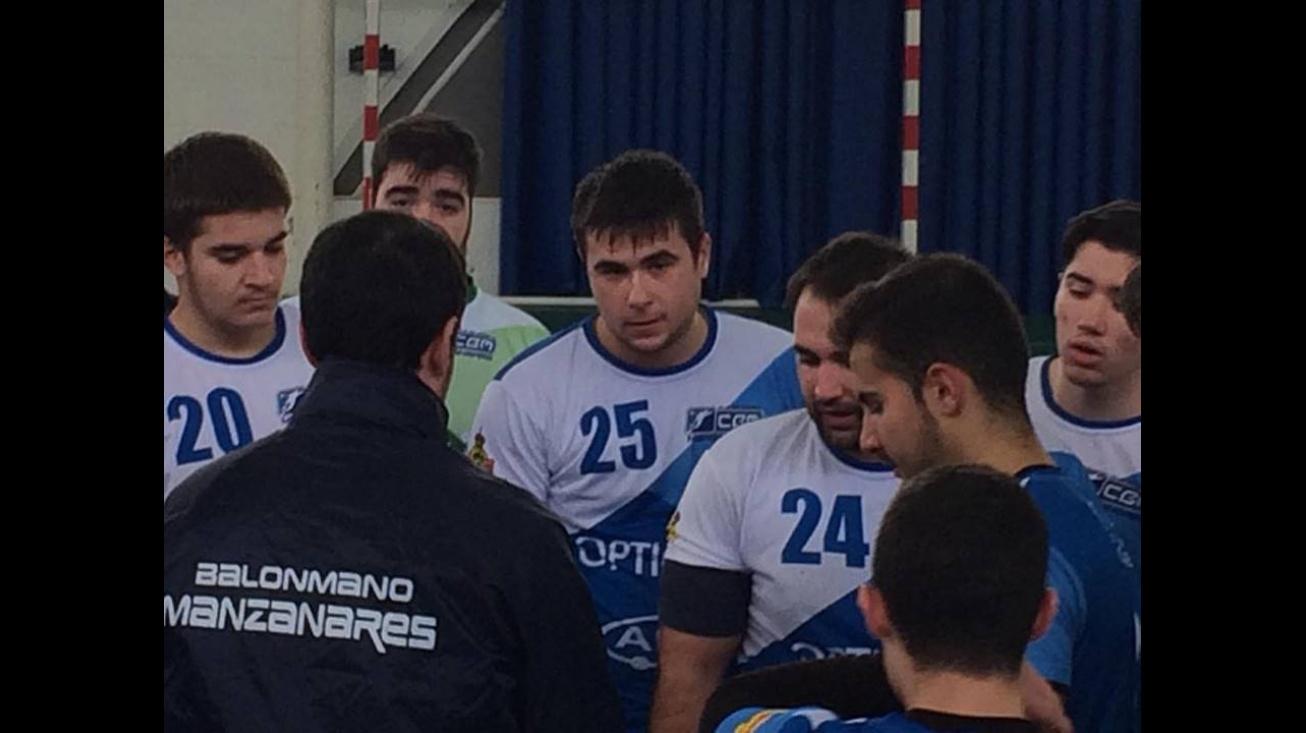 El equipo manzanareño durante el partido