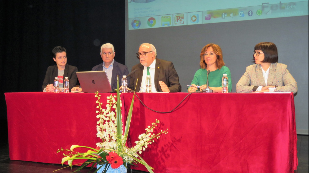 Intervención de Julián Nieva en la presentación de la conferencia de Rocío Ramos-Paúl