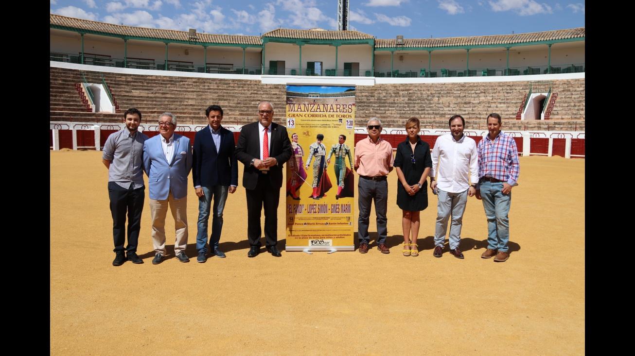 Presentación cartel taurino feria de Manzanares 2019