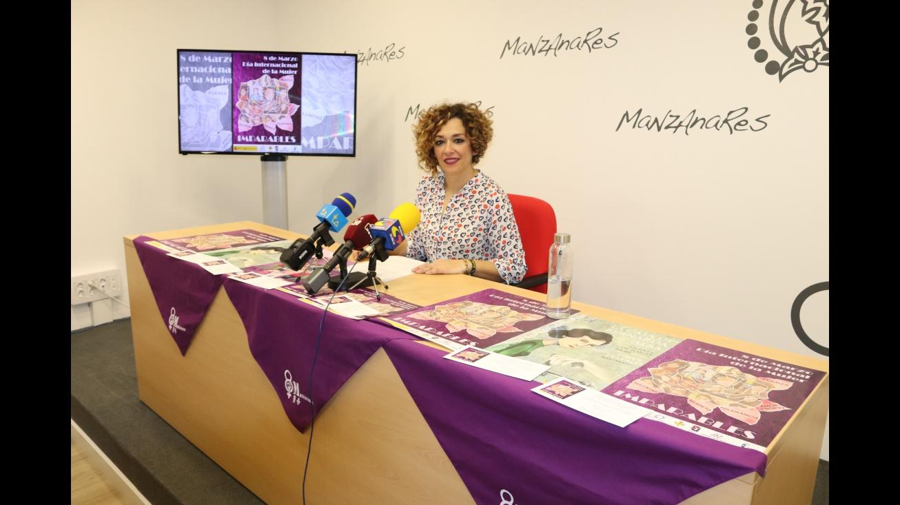 Beatriz Labián en la presentación de las Jornadas