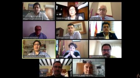 Julián Nieva participa en una reunión con FECIR y Cámara de Comercio para estudiar medidas de apoyo a autónomos y pymes