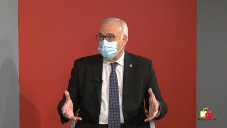 Julián Nieva durante su entrevista en la televisión municipal