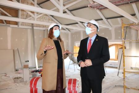 Visita del alcalde y la concejala de obras a la Casa Josito