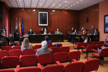 Aprobación definitiva del presupuesto con los votos de PSOE y UCIN