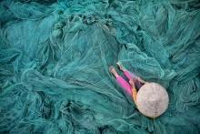 Tejedora de redes, obra ganadora del primer premio nacional