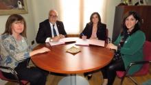 Firma del convenio entre el Ayuntamiento y Acece