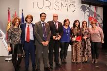 Entrega del premio al alcalde de Manzanares