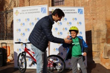 Fiesta solidaria de la bicicleta para peques 2019