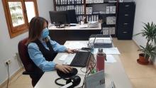 Susana en la oficina de Personal del Ayuntamiento