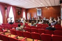 El único punto que se sometió a votación fue apoyado por PSOE y PP con la abstención de UCIN