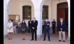 Minuto de silencio en honor a las víctimas de la COVID-19