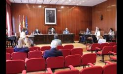 El concejal de Empleo respondió en el pleno a las cuestiones planteadas por UCIN