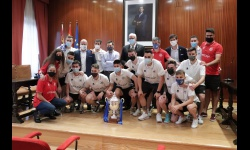 Celebración del ascenso a Primera División del Manzanares FS Quesos El Hidalgo en la ermita de la Vera Cruz y en el Ayuntamiento
